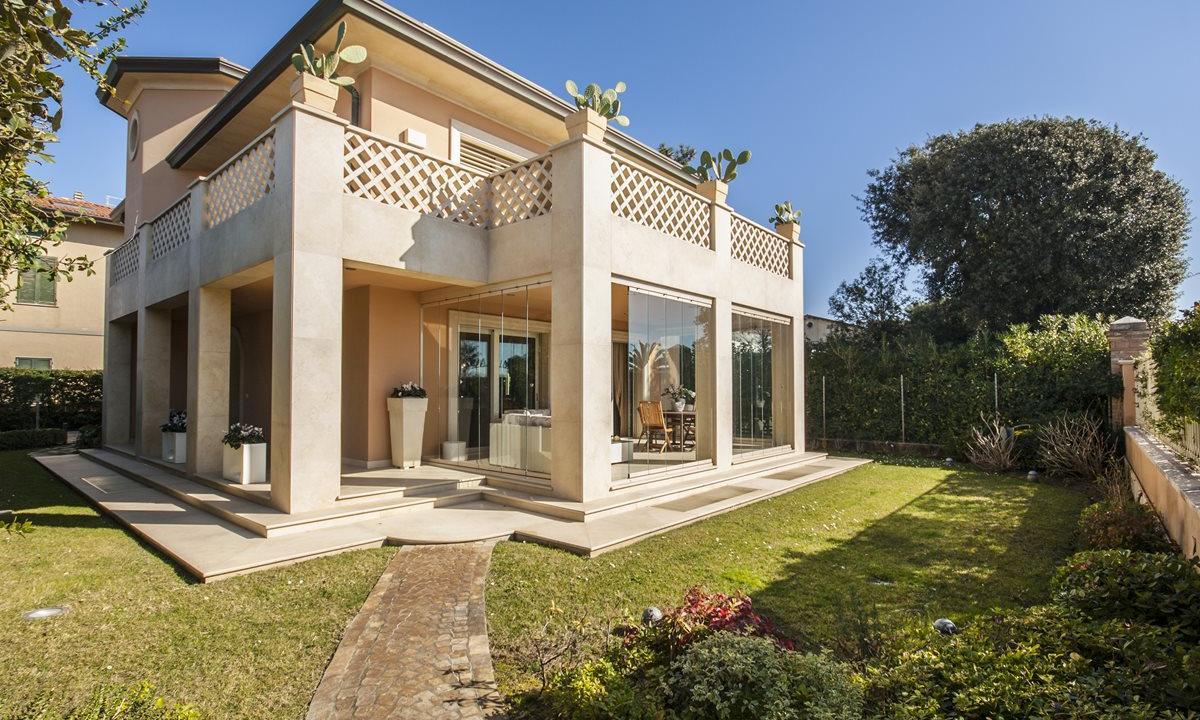 Продаётся гостиничный комплекс в Италии в Римини в округе